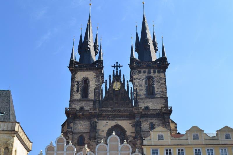 Download Церковь Tyn в Праге стоковое изображение. изображение насчитывающей steeple - 40581073