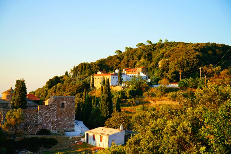 Церков на холме Palouki, Skopelos, Греции стоковое изображение rf