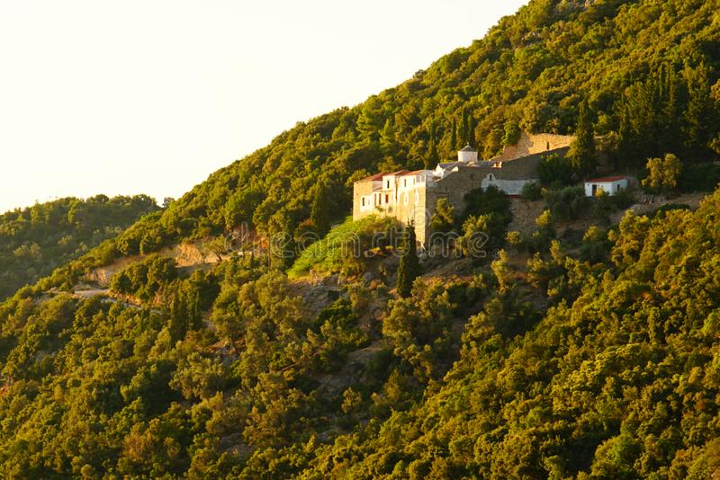 Церков на холме Palouki, Skopelos, Греции стоковая фотография