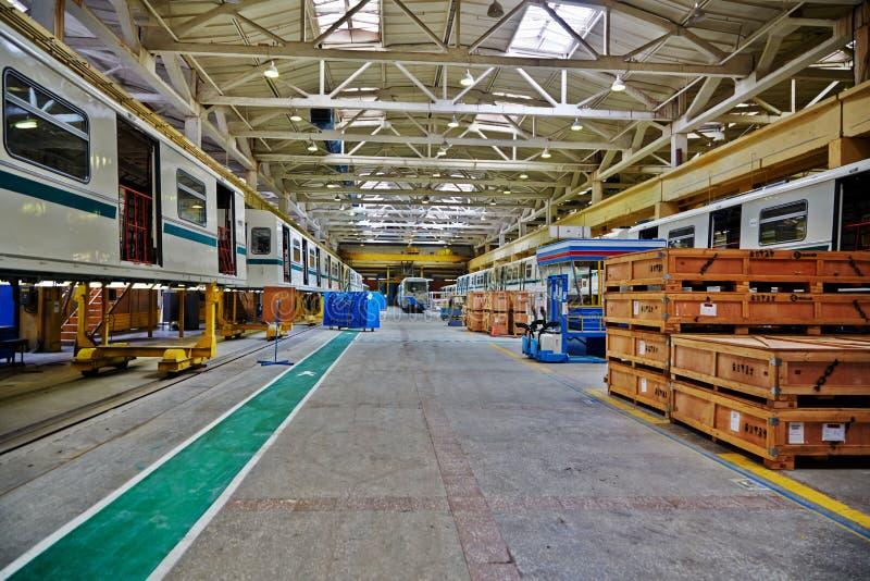 Цех на фабрике Mytishchi Metrovagonmash стоковая фотография rf