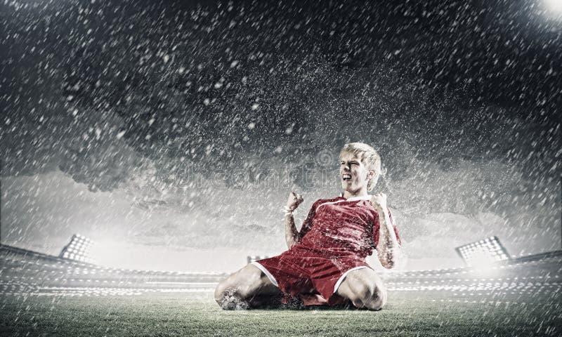 Download Цель футбола стоковое изображение. изображение насчитывающей колени - 41651967