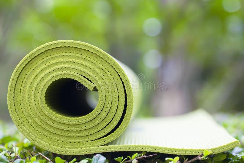Циновка йоги стоковое изображение