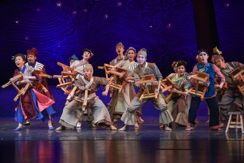 """Цирк пришел к мечте """"The драмы деревн-танца морского Silk  Road†стоковые фото"""