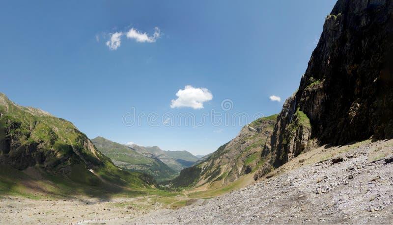 Цирк Gavarnie в французских Haute горах Пиренеи стоковые фото