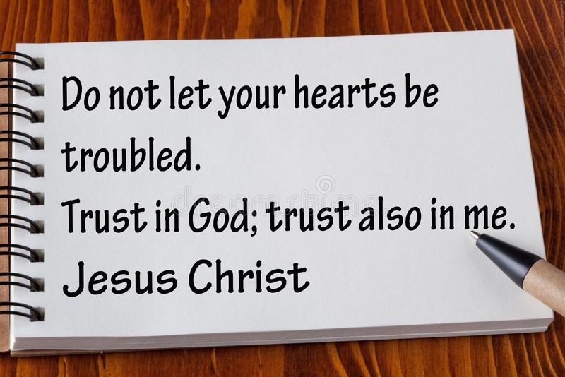 Цитаты библии стоковые фото