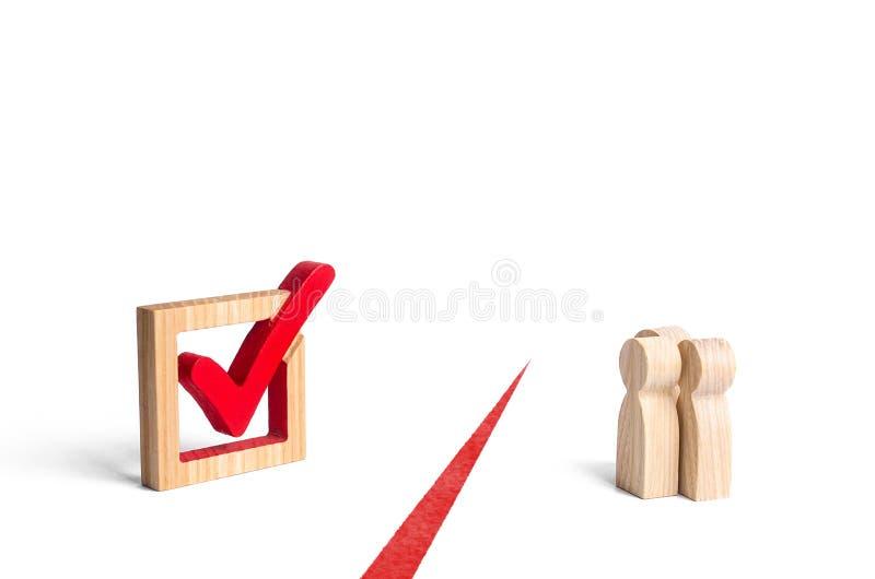 Цифры людей и отметка голосования разделены красной линией Отказ оппозиции и избирателей от участия в честных выборах стоковое изображение rf