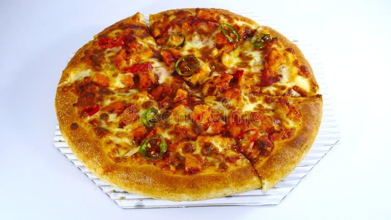 Цыпленок барбекю chili пиццы стоковое изображение