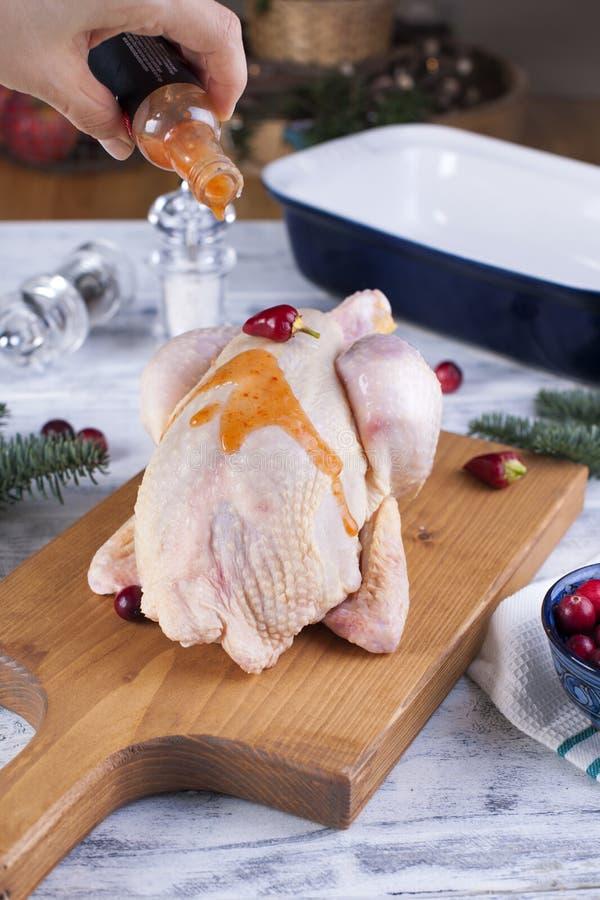 Цыпленок сырцов Рецепт для обедающего азиатская кухня Полезная домашняя еда стоковое фото