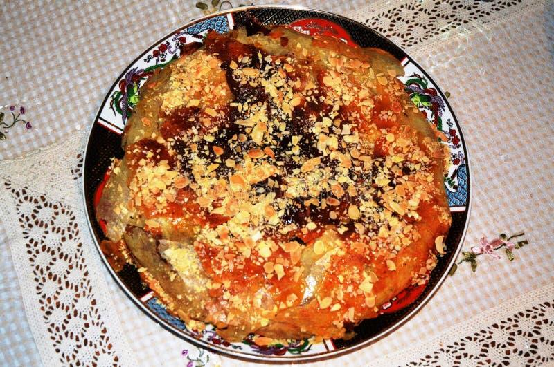 Цыпленок Bastila стоковые фото