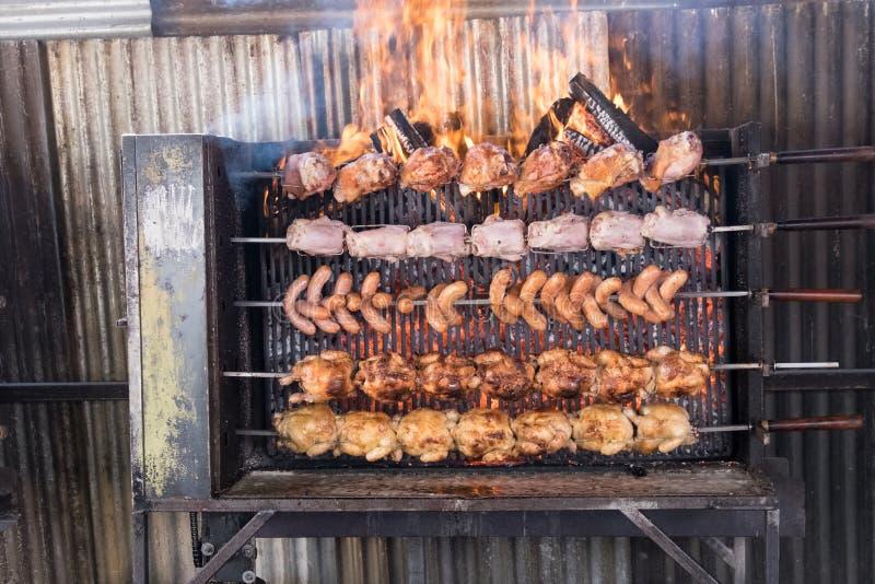 цыплята Вертел-жаркого стоковое изображение