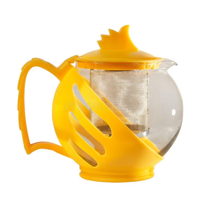чайник Чайник с стрейнером чая на белой предпосылке стоковые изображения rf