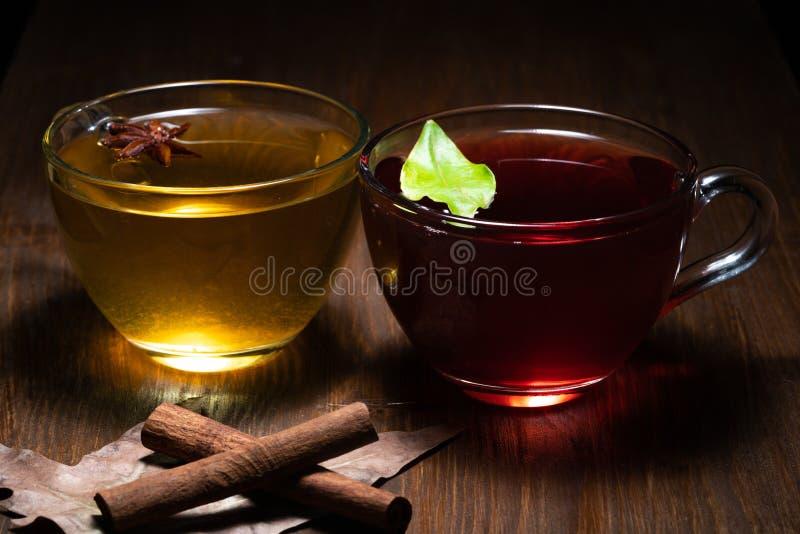 Чай зеленого конца красный стоковые фотографии rf