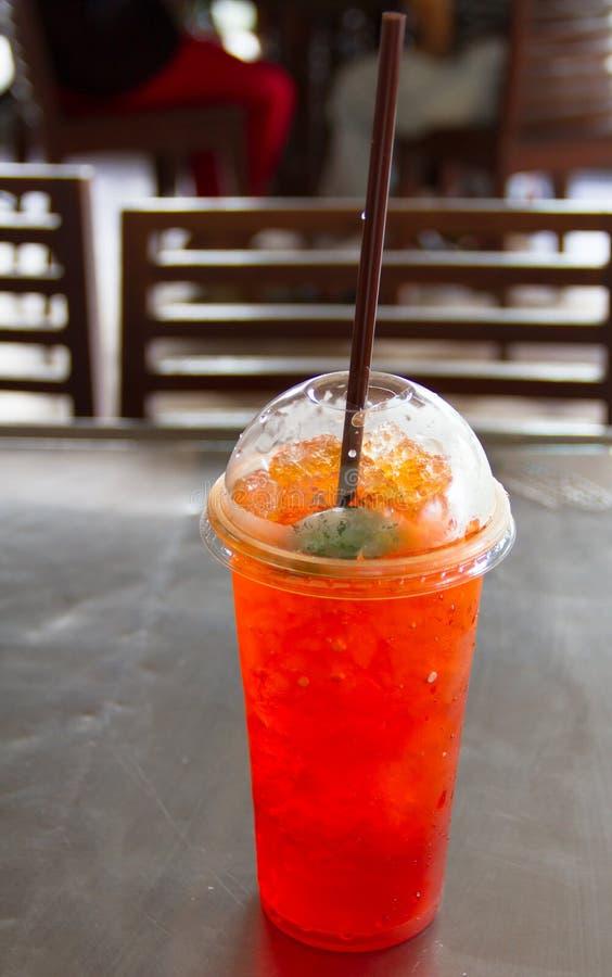 Download Чай лимона льда стоковое изображение. изображение насчитывающей пить - 33725341