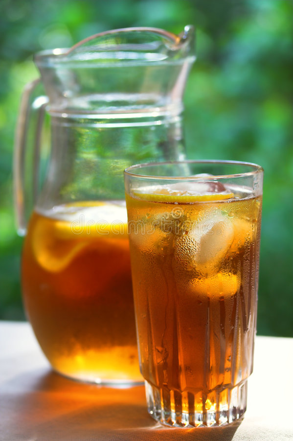 чай льда холодного стекла стоковое фото rf