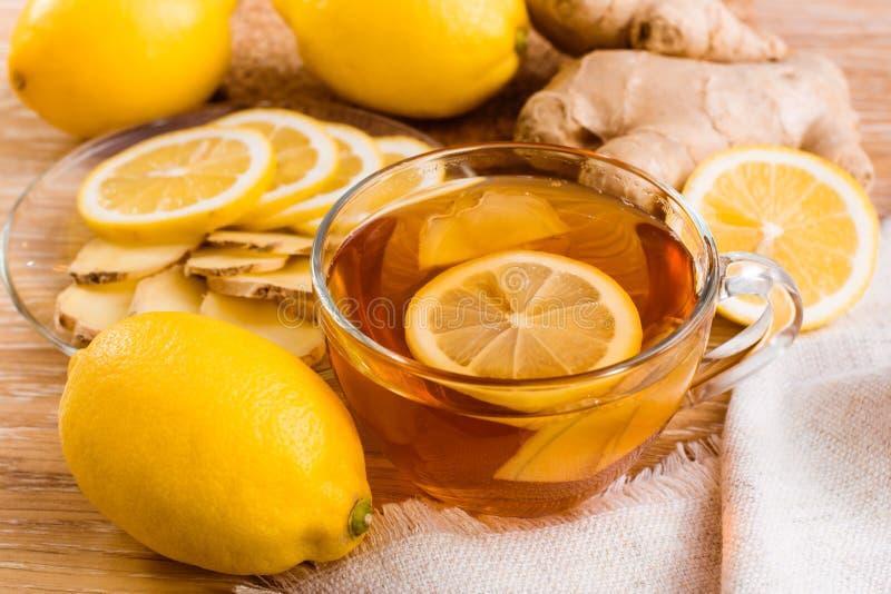 Чай с лимоном и имбирем стоковая фотография rf