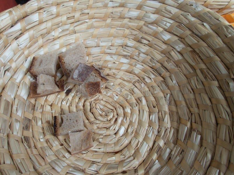 Части свежего хлеба на рынке стоковые фотографии rf