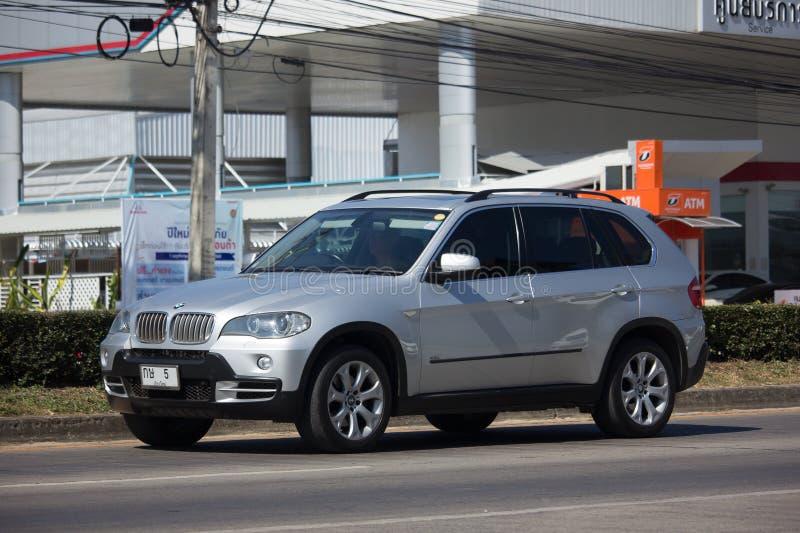 Частный автомобиль suv bmw x5 стоковые фотографии rf