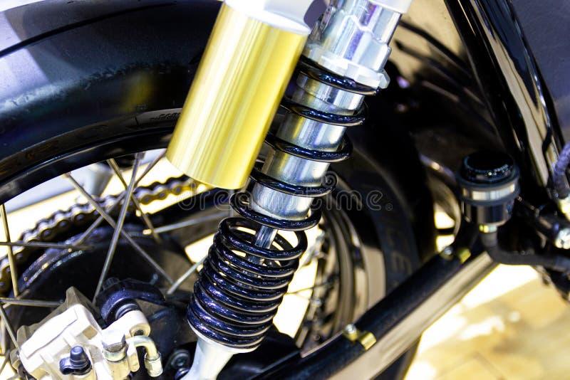 Часть амортизаторов мотоцикла часть для предотвращения удара стоковые фотографии rf