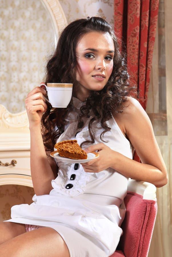 часть девушки торта стоковые изображения rf