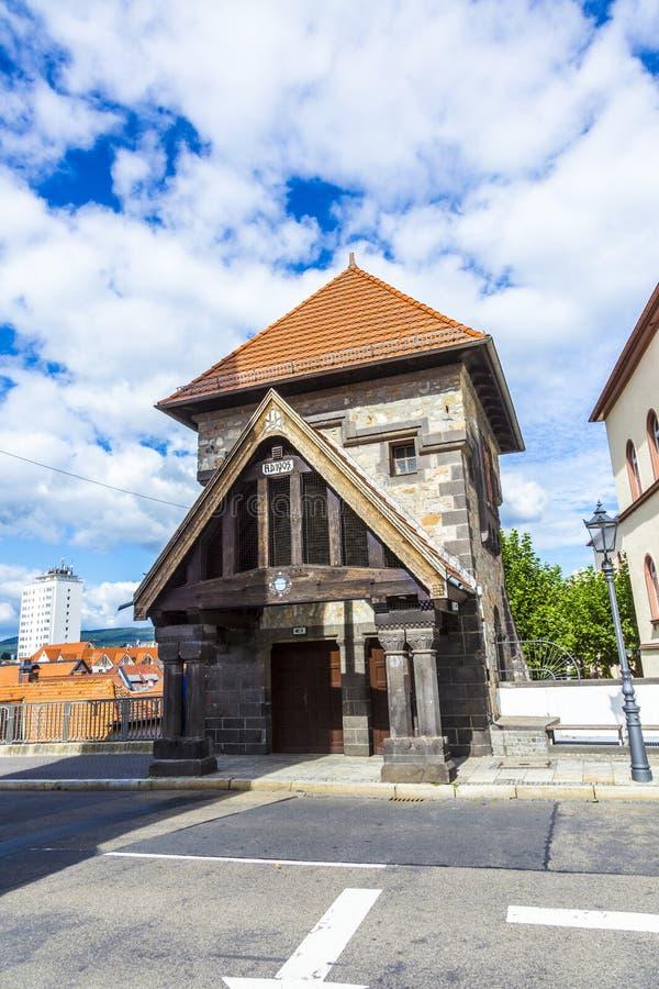 Часть первоначально башни drawbridge которое водит к замку внутри стоковая фотография
