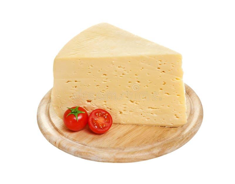Часть русского сыра изолированная на белой предпосылке с путем клиппирования стоковое фото