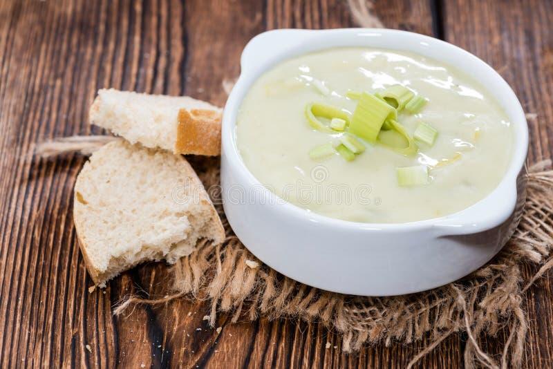 Часть супа лук-порея стоковая фотография rf
