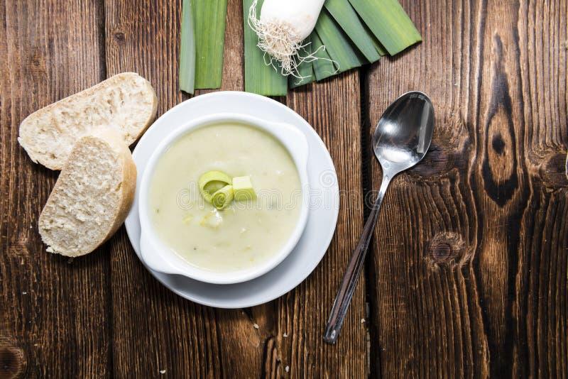 Часть супа лук-порея стоковые изображения