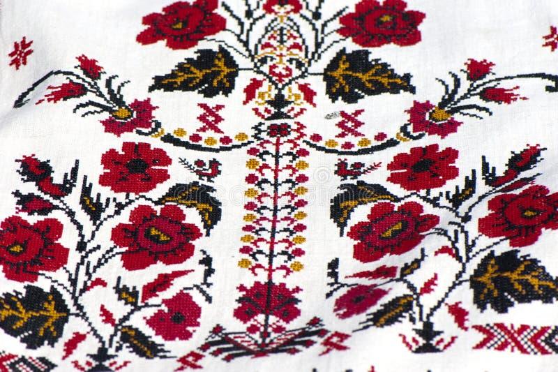 Часть традиционной украинской вышивки стоковые изображения rf