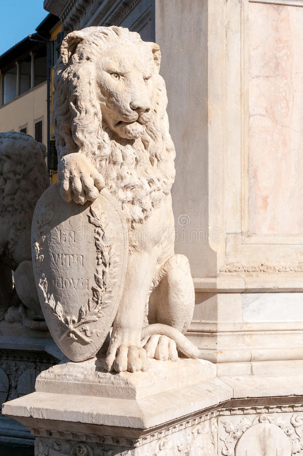 Часть ` s статуи Dante стоковое изображение
