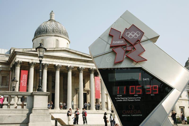Часы комплекса предпусковых операций Лондон олимпийские показывают один день для того чтобы пойти стоковое изображение rf