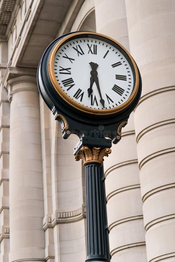 Часы на станции Kansas City Миссури соединения стоковое фото