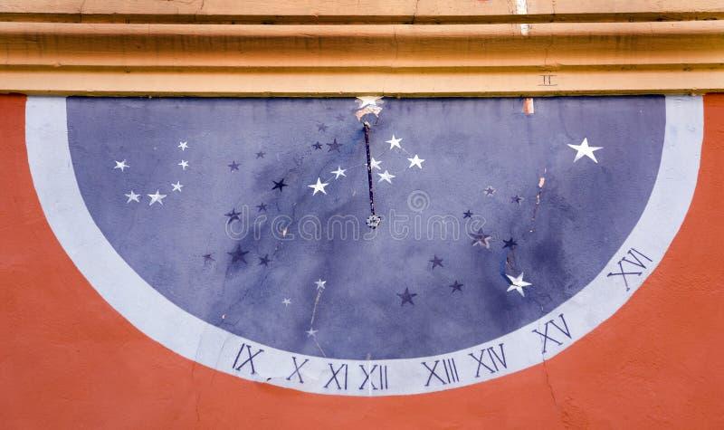 часы солнечные стоковая фотография