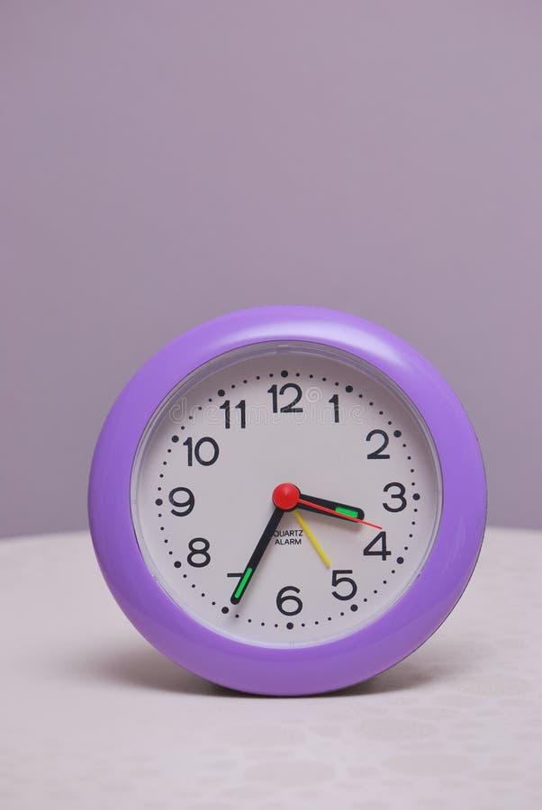 Часы таблицы стоковая фотография