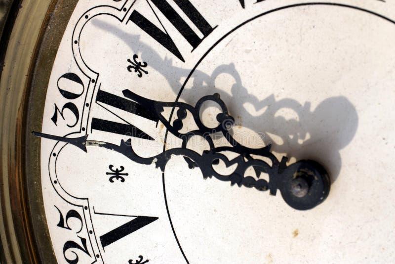Download часы стоковое фото. изображение насчитывающей эффективно - 489912