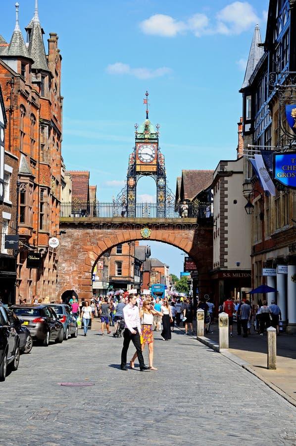 Часы Eastgate и торговая улица, Честер стоковая фотография rf