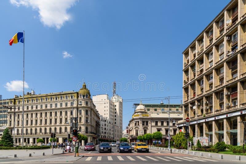 Час пик на бульваре победы (Calea Victoriei) в Бухаресте стоковое изображение