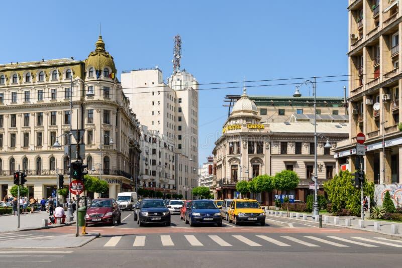 Час пик на бульваре победы (Calea Victoriei) в Бухаресте стоковое фото rf