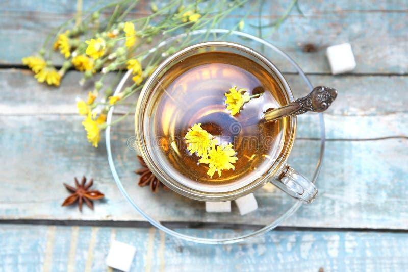 Download Чашек чаю стоковое фото. изображение насчитывающей горяче - 41653252