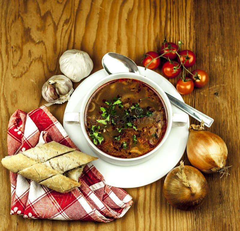 Чашка супа лука сверху стоковые фотографии rf