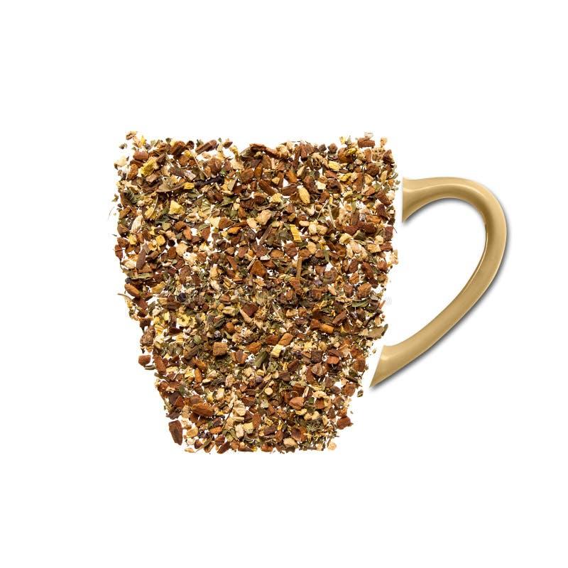 Чашка чаю сделанная от циннамона, ginge и гвоздичных деревьев стоковая фотография rf