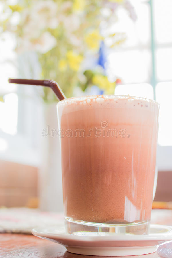 Чашка latte какао стоковое изображение rf