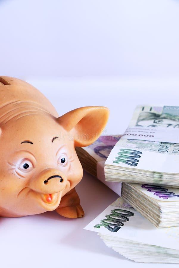 чалькулятор скреплений может изменить деньги надписей габаритов зрелищности экономии доллара datebook принципиальной схемы легко  стоковое изображение rf