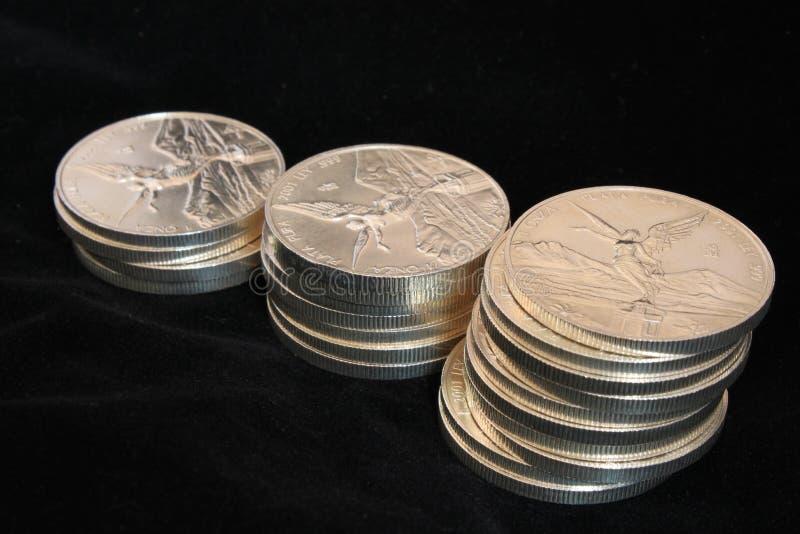 чеканит серебр 3 колонок стоковые изображения