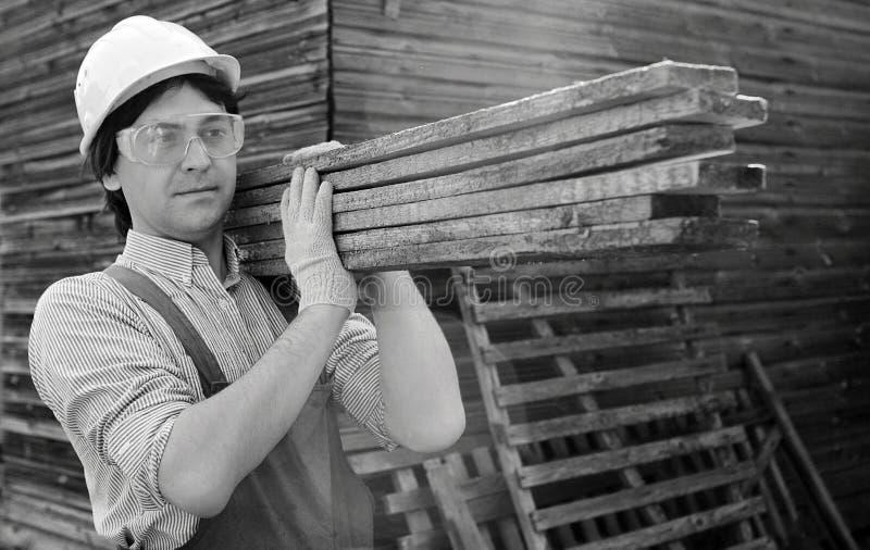 Человек в ` s работника одевает черно-белое стоковое фото