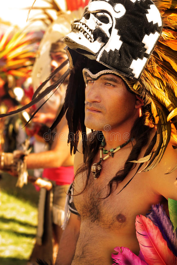 Человек коренного американца стоковые фотографии rf