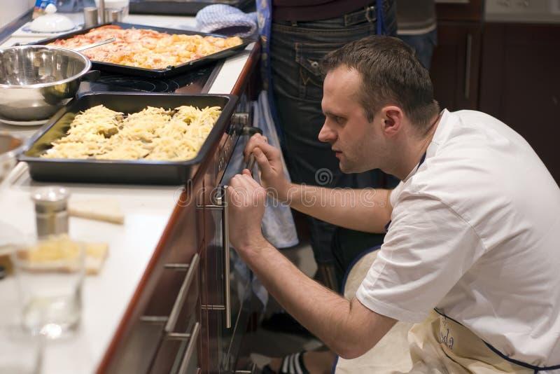 человек кухни стоковые изображения