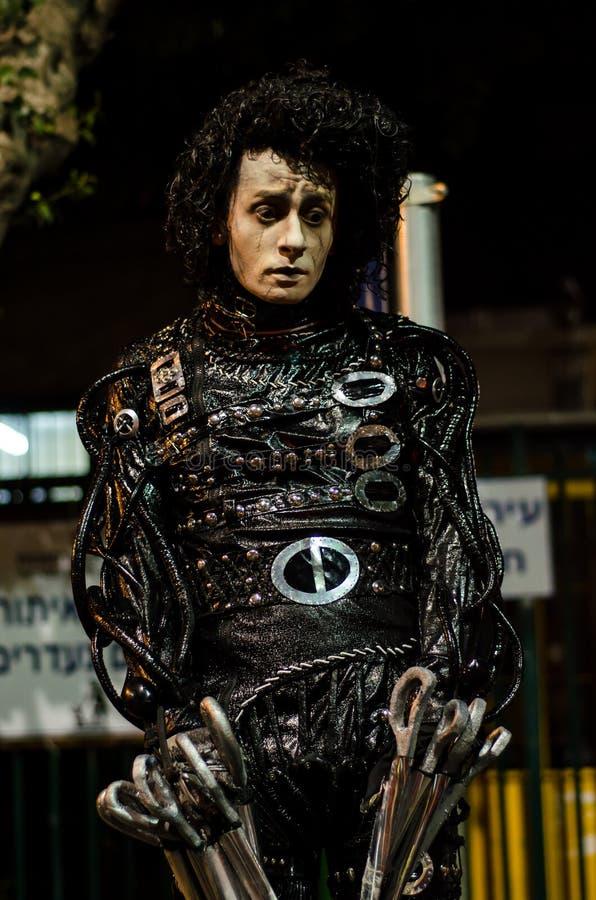 Человек представляя как живущая статуя на празднестве стоковые фото