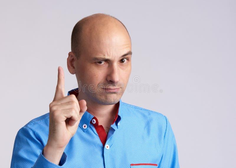 Картинка с грозящим пальцем