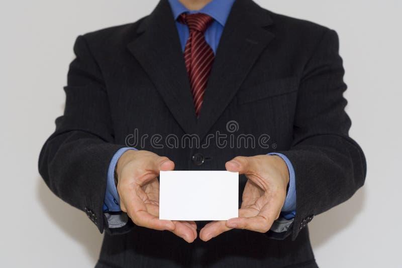человек удерживания карточки bussiness стоковое изображение rf