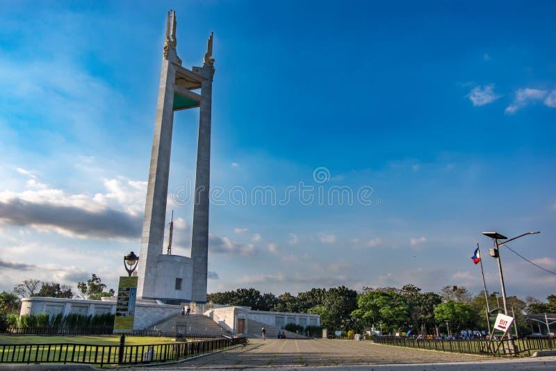 2,2018 человек февраля идя вокруг круга Quezon мемориального, города Quezon, метро Манилы стоковое фото rf